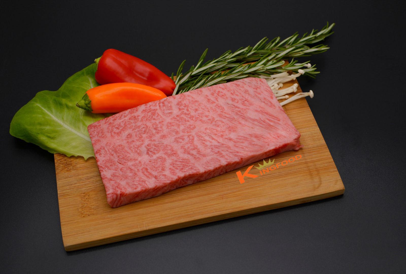 日本冰鮮飛騨牛A5肩胛肉牛扒